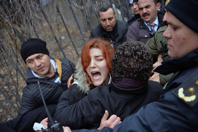 Akademikerprotest in der Türkei (Foto: picture alliance / abaca)