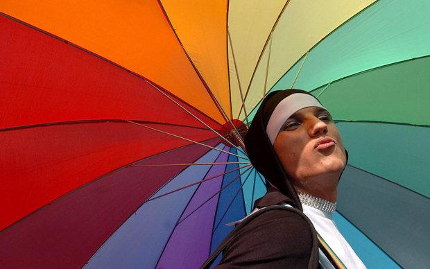 Homosexualität wird in vielen Ländern hart bestraft, in einigen sogar mit der Todesstrafe   © picture-alliance/dpa (Foto: picture-alliance/dpa)