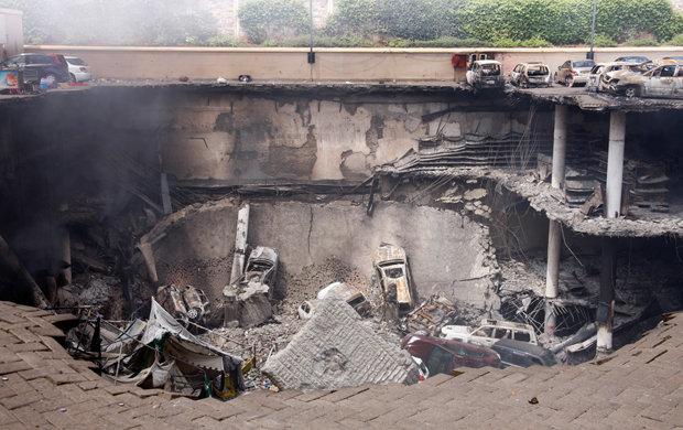 Nach der Erstürmung der Mall durch kenianische Soldaten waren Teile des Gebäudes komplett zerstört. (Foto: Tyler Hicks / The New York Times)