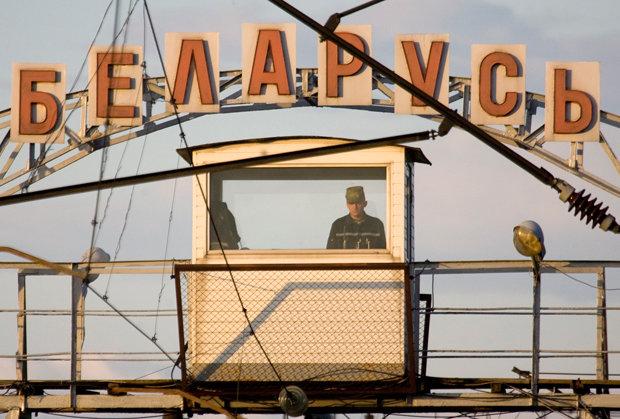 BELARUS/Weißrussland: Grenzposten an der EU-Außengrenze bei Brest (Foto: Vasily Fedosenko / REUTERS)
