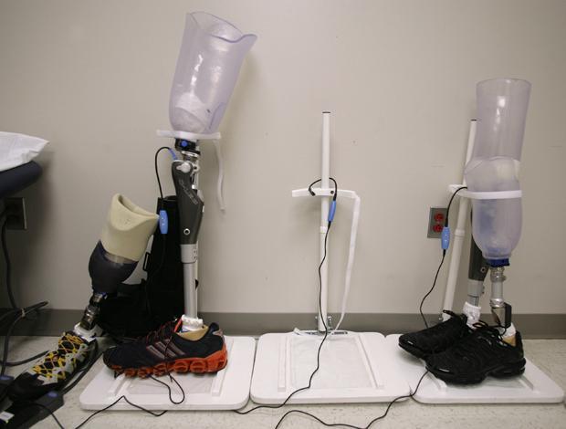 Zwar noch nicht so gut wie das biologische Original – aber die Prothesentechnologie macht ziemliche große Fortschritte (Foto: Corbis)
