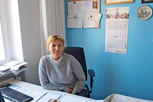 Bekommt Anrufe aus aller Welt: Tatjana Michalak von der russischsprachigen Telefonseelsorge (Foto: Lukas Wohner)