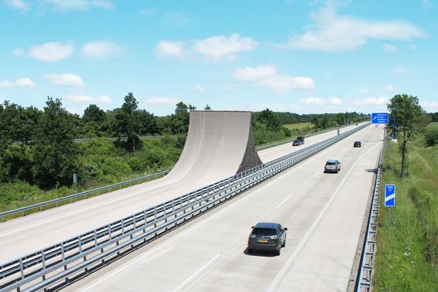 Nur ein Beispiel von vielen: Verkehrswegeplanung. Wenn es um die Sinnhaftigkeit neuer Projekte geht, muss gut gerechnet werden. Manche sind dann sehr schnell wieder aus dem Rennen