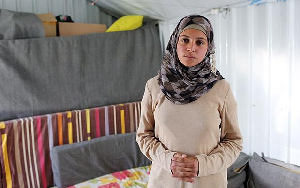 Muzoon ist eine kleine Berühmtheit im Camp. Sie setzt sich gegen Kinderehen ein, schreibt gegen das Unrecht, betreibt Aufklärungsarbeit (Foto: Sascha Montag)