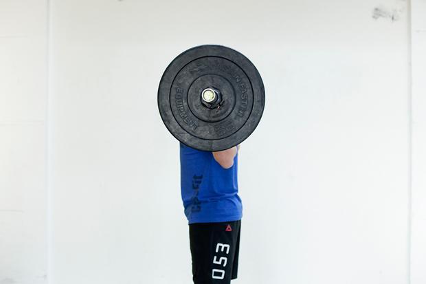 Das Langhantel-Training gehörte schon lange zu Thomas' Stärken. Deshalb konnte er im Crossfit auch so durchstarten (Nicolai Rapp)