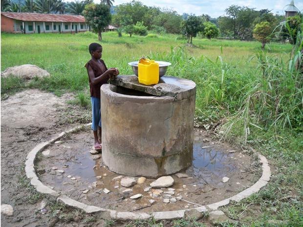 Hier fließt für Ingenieure nicht das große Geld – aber frisches Wasser für Kinder. Das ist auch erstmal sehr befriedigend (Foto: Ingenieure ohne Grenzen)