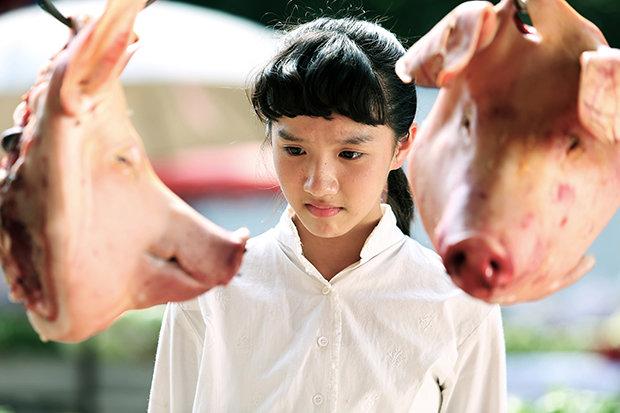 """Ein Thriller, nicht nur für Vegetarier: der chinesische Film """"Whats in the darkness"""", der den Übergang vom Kommunismus zum Kapialismus in der Provinz thematisiert"""