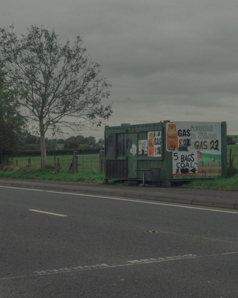 Grenze bei Derry zwischen Nordirland und Irland