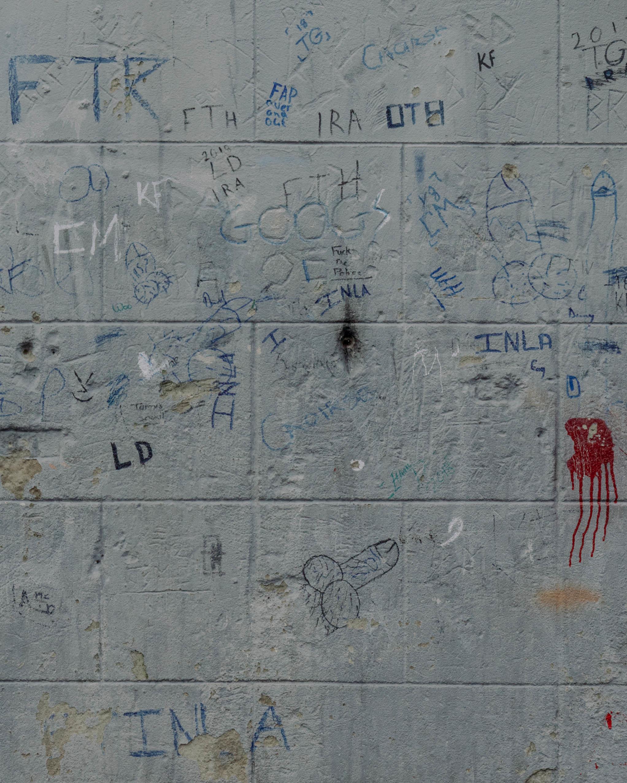 Graffiti in der Nähe des Fußballstadions im Viertel Bogside, Derry/Londonderry