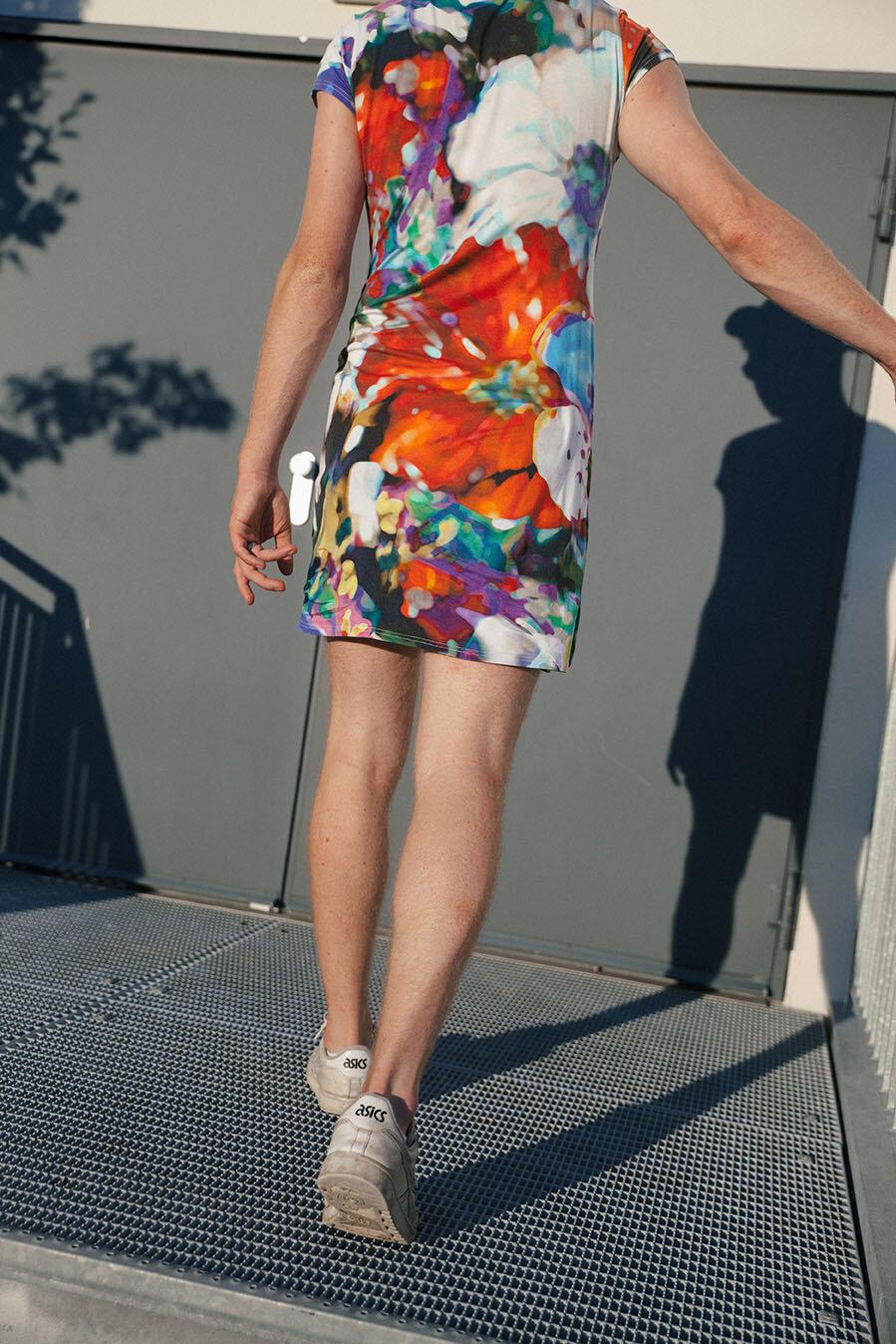 Mann im Kleid