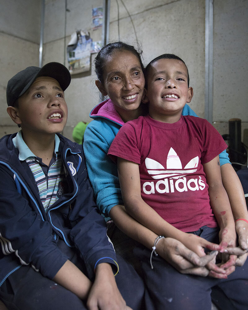 Nubia e hijos, Kolumbien, Corona, YouTube