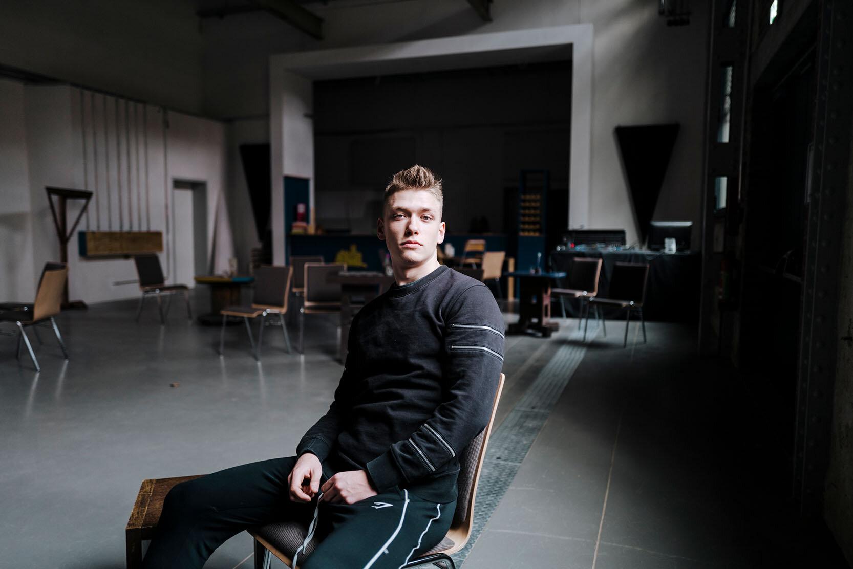 Alexander Rueth, macht das Freiwillige Soziales Jahr im Jugendhaus Rabryka