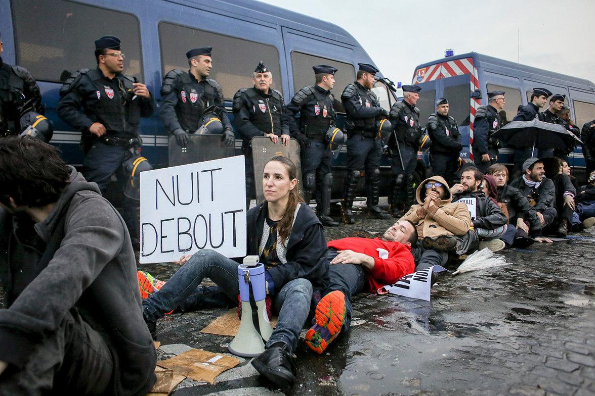 Nuit Debout (Foto: Romain BEURRIER/REA/laif)