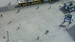 Corona, Berlin, Alexanderplatz / Foto: Emile Ducke/NYT/Redux/laif