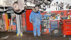 KFZ Mechaniker