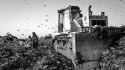 Müllkippe von Ghazipur im indischen Delhi