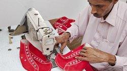 Sozialer Schuh: Produktion der Karma Chakhs in Pakistan