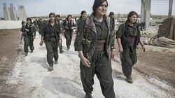 """Manchmal heißt es, dass die Kämpfer des """"Islamischen Staates"""" Angst haben, von einer Frau getötet zu werden, weil das unehrenhaft sei"""