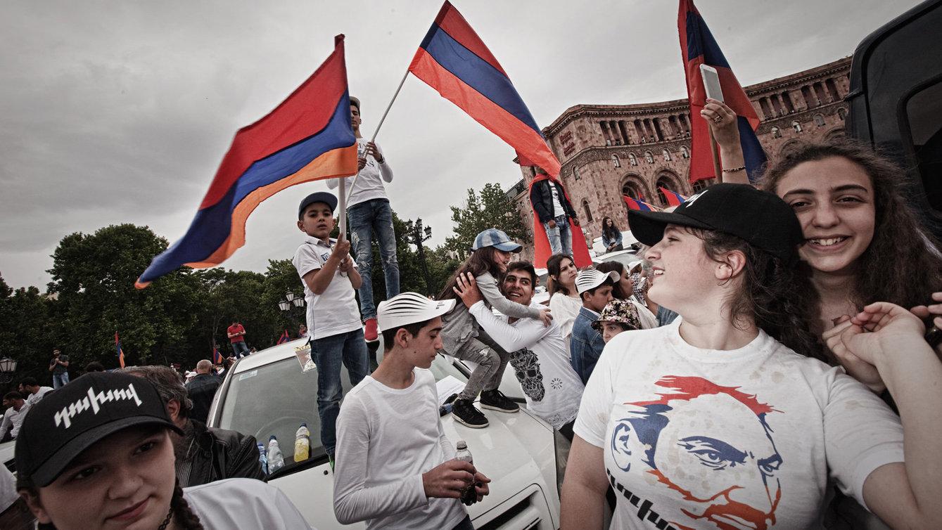 Neue Regierung In Armenien