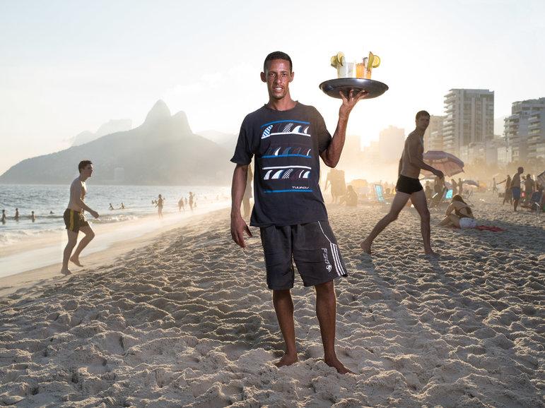 Silberth Ferrera am Strand von Rio