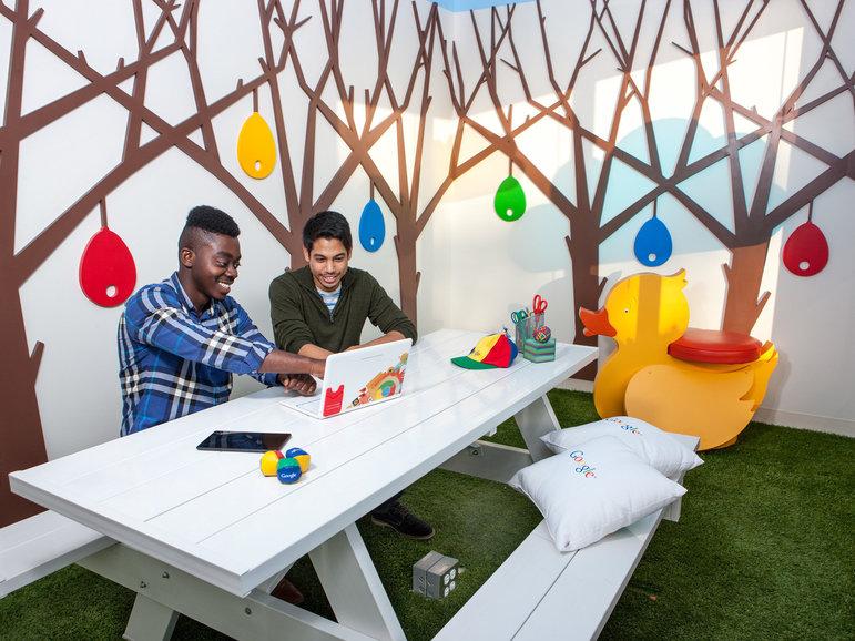 Lord Osei-Ofori und  Rayman Aryani arbeiten bei Google