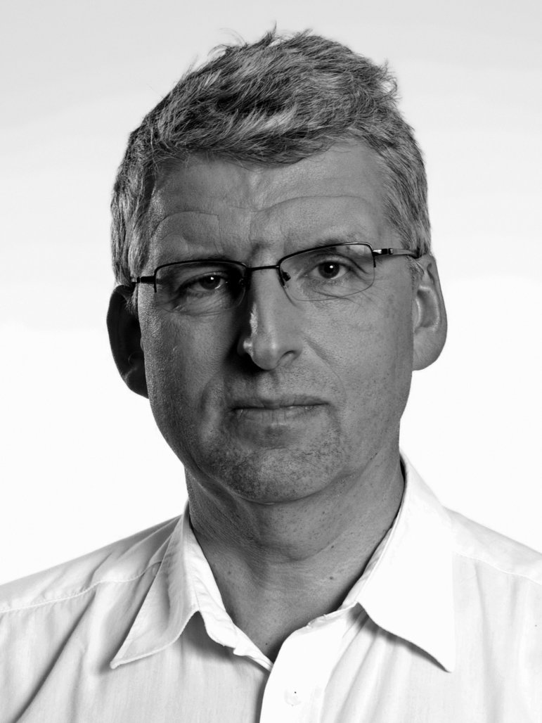 Dr. Bernhard Bauske