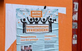 Ein Plakat, das zum Protest gegen Zwangsräumung aufruft (Foto: picture alliance/ZB)