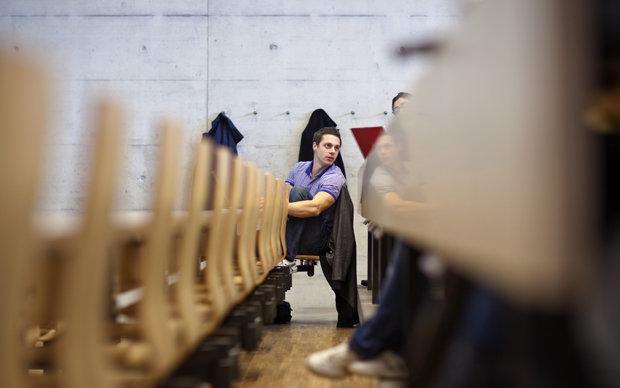 Studierender in einem Schweizer Hörsaal | © picture-alliance/KEYSTONE (Foto: picture-alliance/KEYSTONE)