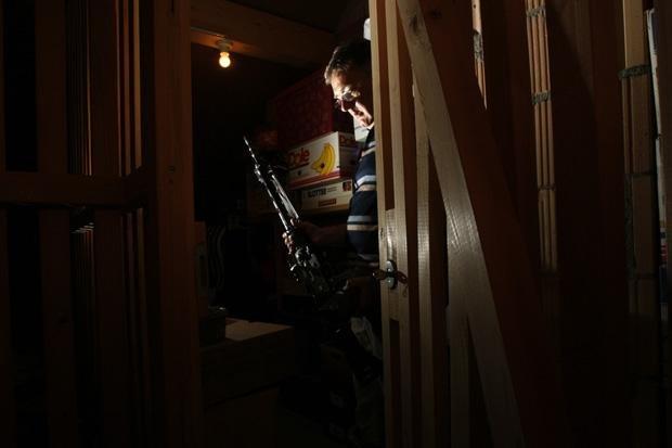 Schweizer Präzision: Wer ein privates Armeegewehr besitzt, muss es regelmäßig überprüfen  (Foto:Reuters/Arnd Wiegmann)