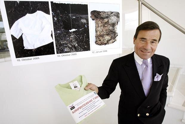 Dieses T-Shirt ist komplett kompostierbar – wenn es nicht vorher vom Trigema-Schimpansen gefressen wird (Foto: picture-alliance/dpa/dpaweb)