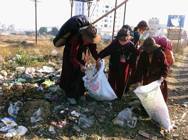 Die Buddhisten haben zwar viel Respekt vor der Natur, aber ihnen fehlen wissenschaftliche Erkenntnisse über Umweltschutz – sagt der Gyalwang Drupka (Foto: Live To Love)