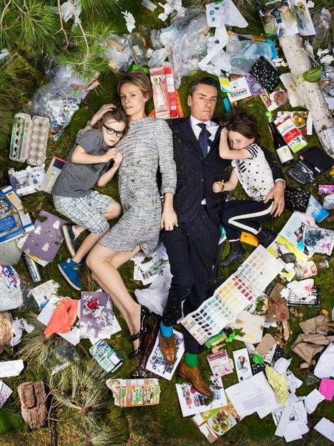 Eine ganz normale Familie und der Müll, den sie in einer Woche produziert (Greg Segal)