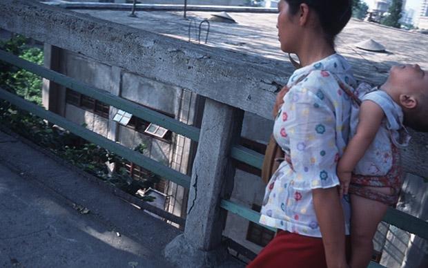 Für viele ist das Leben hart, doch die wenigsten schaffen eine Flucht: nordkoreanische Mutter im Jahr 1992 (Foto: picture alliance / AP Photo)