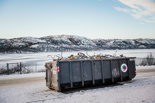 Rund 5500 Flüchtlinge kamen zwischen September und Ende November 2015 über die Grenze nach Norwegen. Sie kamen mit Fahrrädern, da Russland es verbietet, die Grenze zu Fuß zu überqueren. Norwegen verhängt zudem Strafen wegen Schleuserei, wenn Flüchtlinge m (Foto: Jonathan Nackstrand/AFP/Getty Images)
