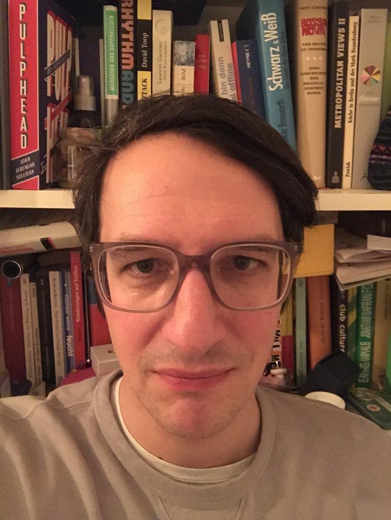 Der Autor des Textes vor der Vorführung