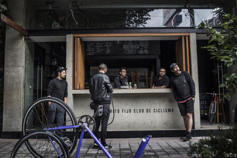 Hipster Fahrradclub in Juarez (Foto: Kirsten Luce)