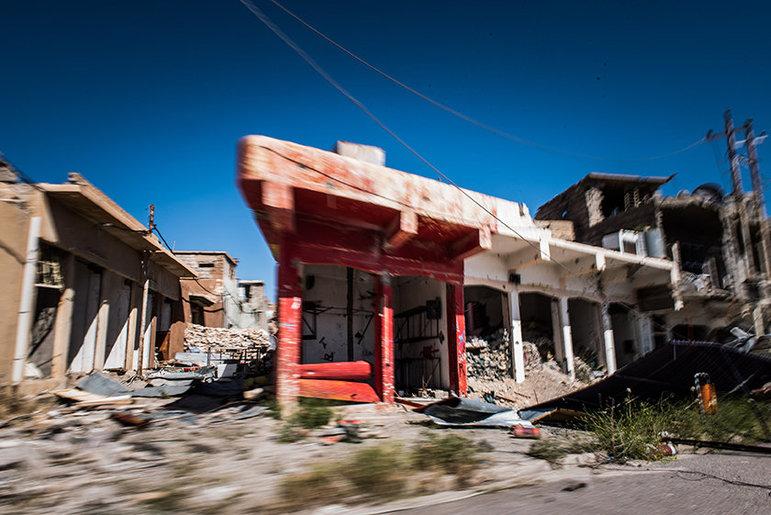 Ruinen in Sinjar (Foto: Chris Grodotzki)
