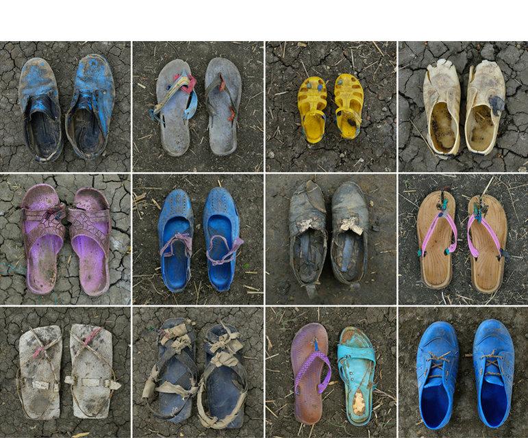 Schuhe von Flüchtlingen aus der Region Blue Nile, die im Mai und Juni 2012 die Grenze zum Südsudan erreichten