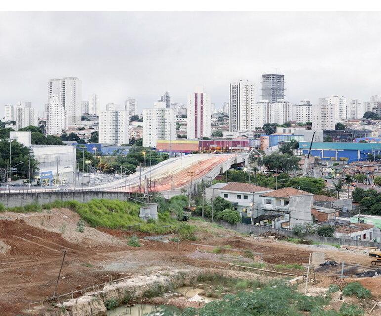 São Paulo: Blick von der Comunidade Buraco Quente über eines der teuersten Viertel der Stadt.