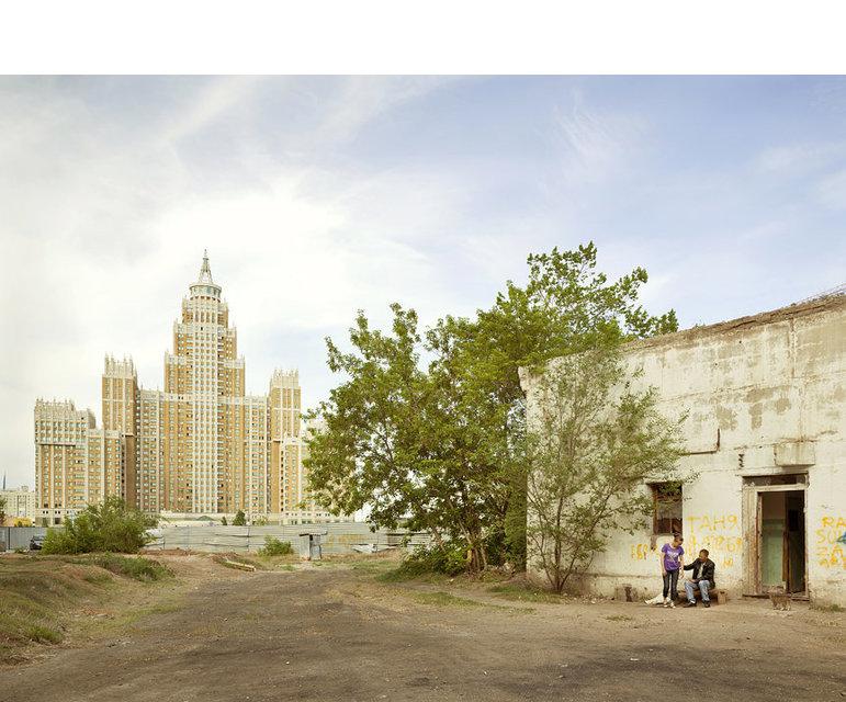 """Der Gebäudekomplex """"Triumph Astana"""" in der kasachischen Hauptstadt Astana"""