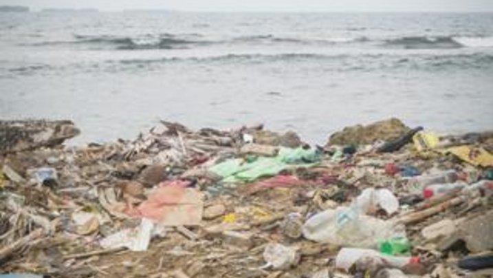 E-kel-haft! Müll an der Karibikküste Panamas