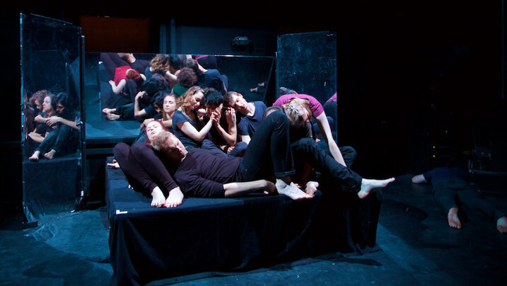 Szene aus dem Theaterstück Aphrodites Rebellen