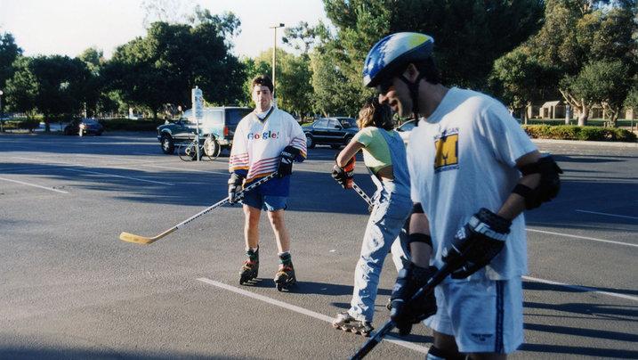 Sergey und Larry spielen Hockey