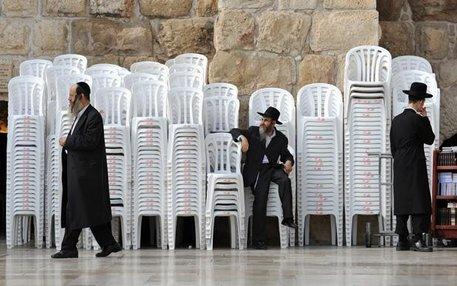 Damit hat sich dann auch die Reise nach Jerusalem erledigt. Vom Monobloc gibt es nie zu wenige