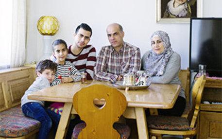 Mia san mia: Die Familie aus Syrien hat sich sogar bayrisch eingerichtet