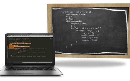 laptop und tafel
