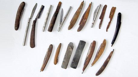 Genitalverstümmelung (FGM): Messer, die für Beschneidungen benutzt werden